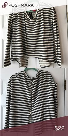 Daytrip Top Grey and cream striped top. It's almost like sweatshirt material and more like a cropped top. Has a beautiful exposed zipper in back. So soft and excellent condition. Daytrip Tops Crop Tops