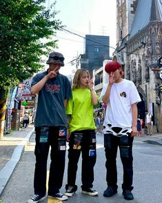 Boy Best Friend Pictures, Boy And Girl Best Friends, Boyish Outfits, Cool Outfits, Chinese Clothing Traditional, Boyish Girl, Korean Best Friends, Ulzzang Korean Girl, Uzzlang Girl
