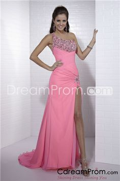 Shop Tiffany prom dresses and designer ball gowns at PromGirl. Long prom dresses, formal evening, pageant gowns, and special occasion dresses. Prom Dresses Long Pink, Ball Dresses, Homecoming Dresses, Pretty Dresses, Evening Dresses, Bridesmaid Dresses, Dress Prom, Pink Dresses, Dresses 2013