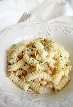 Crema di pecorino e limone - Pasta fredda: la tradizione italiana anche in estate