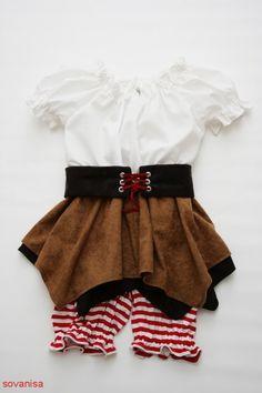 sovanisa:sew pirate costume
