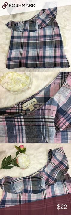 """Anthropologie Cloth & Stone Plaid Off Shoulder Top Anthropologie Cloth & Stone Pink Plaid Blouse Size: Small Condition: New without tags  55% linen, 45% Cotton Features: Really nice soft plaid material, one-shoulder with ruffles around neckline. Split sides Measurements from armpit to armpit: 17.5"""", length from shoulder to hem: 24"""" approx. Anthropologie Tops Blouses"""