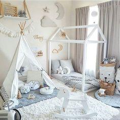 Gostei da cama, da barraca e dos sacos de brinquedos. Gostaria que tivesse um pouco mais de cor.
