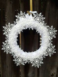 Make a snowflake wreath