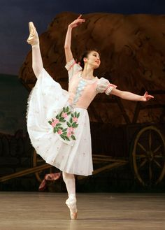 Birmingham Royal Ballet - La Fille mal gardée: Nao Sakuma as Lise; photo: Bill Cooper.