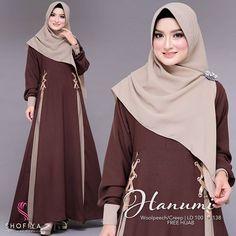 Abaya Fashion, Women's Fashion Dresses, Muslim Dress, Mocca, Dress Patterns, Outfit Of The Day, Ready To Wear, Curly Blonde, Kaftan