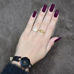We have collected the most popular 2019 nail design for you ladies. These nail models will suit you very well. We recommend that you apply one of the latest nail designs. Fabulous Nails, Gorgeous Nails, Pretty Nails, Nail Paint Shades, Latest Nail Designs, Wine Nails, Gelish Nails, Luxury Nails, Classy Nails