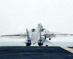 """- An Tomcat, assigned to the """"Swordsmen"""" of Fighter Squadron Three Two is launched from the flight deck of the Nimitz-class aircraft carrier USS Harry S. Military Weapons, Military Aircraft, Fighter Aircraft, Fighter Jets, Fun Fly, F14 Tomcat, Capital Ship, Free Desktop Wallpaper, Wallpapers"""