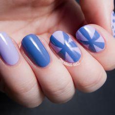 Chalkboard Nails | Nail Art Blog #prom nail art