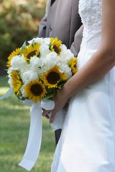 Sunflower bouquet, with white roses.also love this dress :)