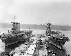 The aircraft carriers Lexington and Saratoga lie moored in New York harbor in The two large carriers were completed on battlecruiser hulls, and both served with distinction during World War II. Us Navy Aircraft, Navy Aircraft Carrier, American Aircraft Carriers, Heroes And Generals, Uss Lexington, Us Battleships, Navy Carriers, Joining The Navy, New York Harbor