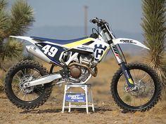 Motorcross Bike, Motorcycle, Dirt Bikes, Yamaha, Future, Vehicles, Motocross Bikes, Off Road Cars, Autos
