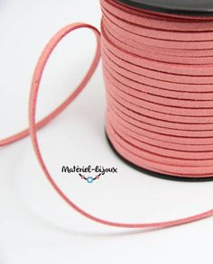 suédine en couleur vieux rose pour le montage de bracelet fantaisie