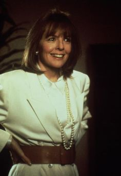 Long pearls & a big Belt never goes out of Style like Diane Keaton, Baby Boom