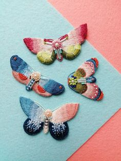 Hand embroidery, embroidered brooches & patches by ChaikaCrafts Chinese Embroidery, Modern Embroidery, Embroidery Art, Embroidery Designs, Thread Painting, Thread Art, Artist Fashion, Insect Jewelry, Embroidery Fashion