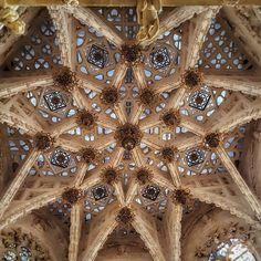 Iglesias, Gothic Architecture, Gothic Art, Spanish, Tower, Arquitetura, Spanish Revival, 16th Century, Cathedrals
