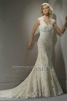 Sheath/Column V-neck Lace Wedding Dress