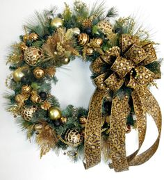 Hey, I found this really awesome Etsy listing at https://www.etsy.com/listing/207730586/bronze-and-gold-christmas-wreath-with