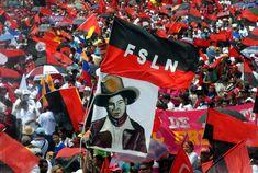 Portillo apoyó la Revolución Sandinista (o Nicaragüense) en contra del gobierno de Samoza, que triunfó el 19 de julio de 1979.