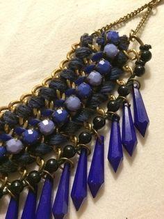 Collier plastron bleu - vinted.fr                                                                                                                                                      Plus