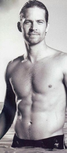 Paul William Walker without shirt? Umm he always be sexy man that I ever know. Who knows?