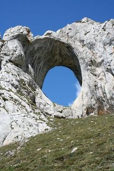 Spain - An imposing natural arch of rock In one of the most known summits of Asturias Places To Travel, Places To See, Wonderful Places, Beautiful Places, Asturias Spain, Spain And Portugal, Corsica, Spain Travel, Solo Travel