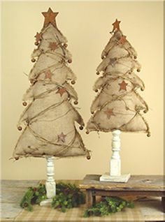 Burlap Christmas Tree ON Wood Spindle Base With Rustic Stars AND Jingle Bells | eBay