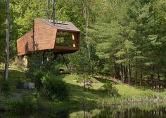 Dreamy treehouse hidden by Woodstock offers magnificent Catskills views