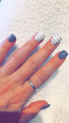 Gel Nails 50 Stunning Manicure Ideas For Short Nails With Gel Polish That Are More Excitin. 50 Stunning Manicure Ideas For Short Nails With Gel Polish That Are More Exciting Fancy Nails, Love Nails, How To Do Nails, Pretty Nails, Grey Gel Nails, Cute Gel Nails, Diy Nails For Prom, Colored Tip Nails, Chevron Gel Nails
