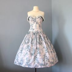 Beautiful 1950s Party dress