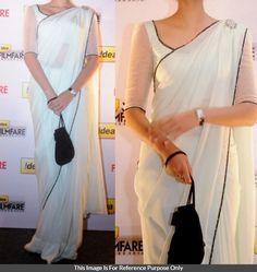 Chiffon+White+Plain+Bollywood+Designer+Saree+-+S0018 at Rs 777 Bollywood Designer Sarees, Bollywood Saree, Ethnic Fashion, Indian Fashion, Women's Fashion, Saree Color Combinations, White Sari, Saree Jackets, Sari Design