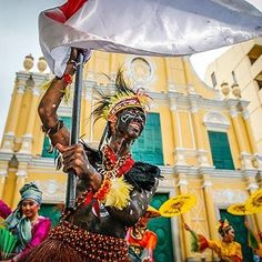 Join in the celebration tomorrow as we welcome the International Youth Dance Festival to Macao. Enjoy a vibrant display of dancers from around the world as they parade from the Ruins of St. Paul's to Senado Square to commence the week of performances. Discover more details by visiting the link in our profile. #WowMacao