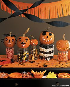 Halloween Decor: Pumpkin Candy Faces