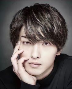 Cute Japanese Guys, Japanese Men, He Jin, Asian Hotties, Handsome Actors, Japanese Artists, Yokohama, Asian Actors, Actors & Actresses