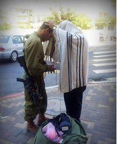 Aprende el Salmo 2 en Hebreo aquí http://www.estadodeisrael.com/2014/10/aprende-el-salmo-2-en-hebreo-aqui.html Vía:@estadoisrael
