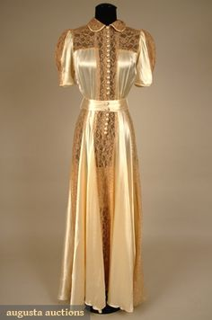 Augusta Auctions: 3-piece champagne silk charmeuse w/ taupe Alencon lace c/o trained negligee, shrug & tap pants- 1930s
