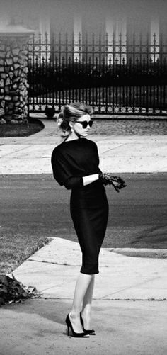 The gloves, the hair, the dress, the shoes. All achievable today. Do it, lets increase everyday style today. #style #class #elegant