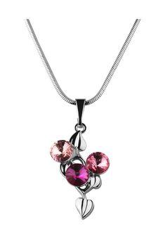 Bohemian Love Story Kette, Anhänger Linden Leafs, Swarovski® crystals silber Jetzt bestellen unter: https://mode.ladendirekt.de/damen/schmuck/halsketten/silberketten/?uid=be2cffd6-d14b-5552-9a28-f9b5f747982b&utm_source=pinterest&utm_medium=pin&utm_campaign=boards #schmuck #halsketten #silberketten #bekleidung Bild Quelle: brands4friends.de