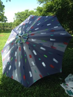Upcycle An Old Patio Umbrella To A Beautiful Painted One Projects Diy Pinterest Umbrellas And Patios