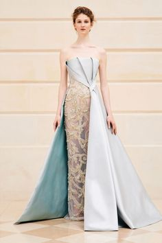 Rami Al Ali, haute couture collection: Powder blue mikado sleeveless dress with fully beaded skirt in metallic gold and blue Look Fashion, Runway Fashion, Fashion Design, Fashion News, Steampunk Fashion, Gothic Fashion, Paris Fashion, Couture Dresses, Fashion Dresses