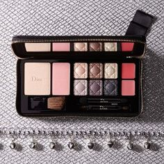 3112f3c5e9b 2014 holiday Dior Couture Makeup Palette Couture Makeup
