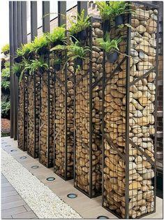 30 Backyard & Garden Fence Decor Ideas - Gardenholic - Check out these incredible fence decorating ideas for your backyard and garden. Diy Garden Fence, Backyard Garden Design, Garden Ideas, Garden Walls, Patio Ideas, Terrace Garden, Backyard Ideas, Balcony Gardening, Sloped Garden