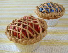 Lattice Pie Cupcake!!! cute!! m and icing!!