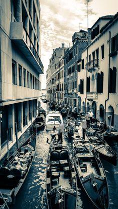 Gondolas traffic jam #Venice #RioDeSanMoise #Gondolas #TrafficJam #HonkHonk