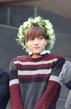 150414 EXO KAI :3 Fansign in Jeju and Jeju K-pop Concert.. Such a cutie ^-^