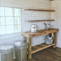 Gardening DIY potting bench - potting shed decor - garden shed - Progress on the potting shed and chicken coop combination. Potting shed floor, reclaimed wood potting bench and the window boxes. Shed Interior, Decor, Shed Floor, Shed Decor, Shed Design, Potting Tables