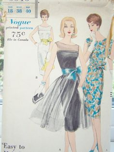 Vintage Vogue 9946 Easy Sewing Pattern High by WitsEndDesign