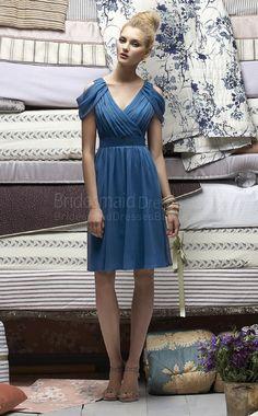 A-line Short Sleeve V-neck Royal Blue Chiffon Knee-length Bridesmaid Dress