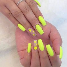 Spring is here, and it& time for fashionable girls to start experimenting with new nail ideas.Coffin nail continues to return to the trend of Manicure! We have collected 39 acrylic coffin nail designs for you, the most fashionable girl is you! Neon Yellow Nails, Neon Nails, Swag Nails, Neon Nail Art, 3d Nails, Bright Orange Nails, Grunge Nails, Color Nails, Pastel Nails