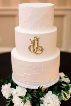 Real Lea-Ann Belter bride Lyndsey + Justin's Little Rock Wedding at Chenal Country Club Spring Wedding, Our Wedding, Vanilla Buttercream Icing, Little Rock Arkansas, Strawberry Cakes, Rose Cake, Timeless Wedding, Bridal Boutique, Amazing Cakes